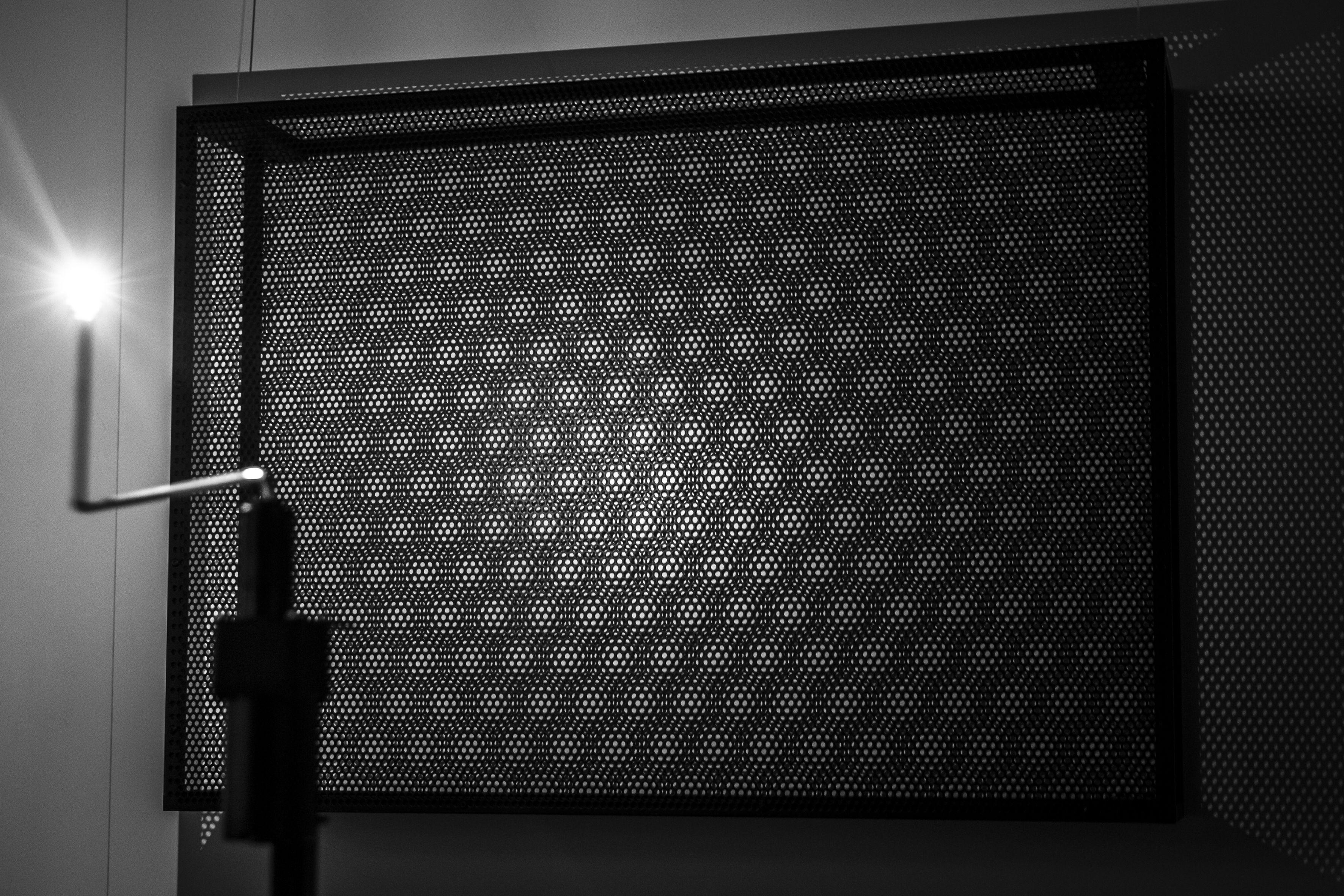 01_Moire Studies Nicky Assmann Joris Strijbos_cc Cloud Mine Photography_hires